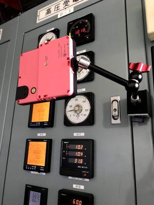 受電室の電力量計(液晶デジタル)
